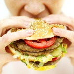 People who follow a Western diet are more likely to die young, study finds Image credits: Eco News
